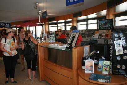 L 39 office de tourisme de cassis organisation services pro et plus - Office de tourisme emploi ...