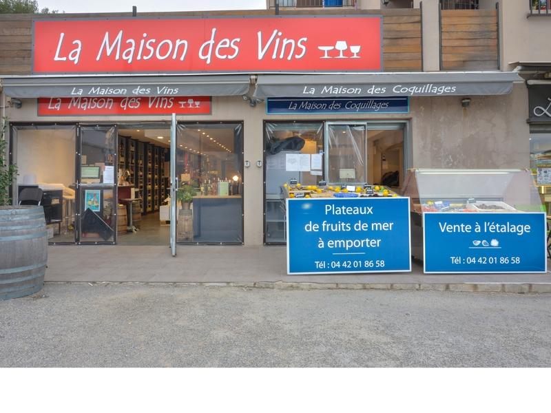 La Maison Des Vins Caviste Cassis France