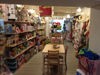 L'ATELIER DE TOTO Toys and games (retail) - Cassis, France