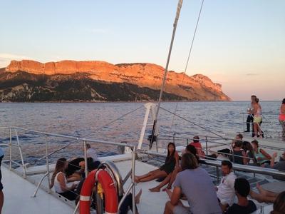 Dîners Croisières à bord du Catamaran Le Levantin 3/8