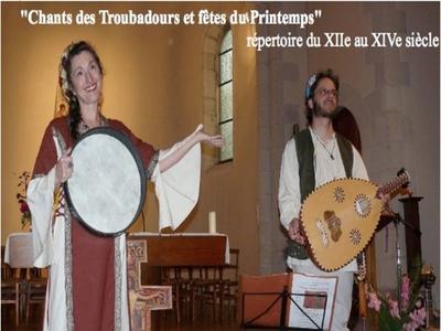 """Chants et musique médiévale, luth, citole, guiterne par : le Trio à """"Cordes et à Coeur"""""""
