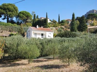 Haut de Villa Holiday rentalsCassis, France