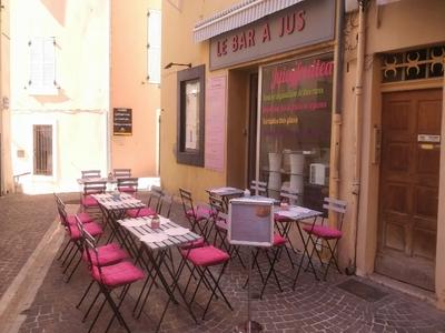 Restaurant Juicy Fruitea - Cassis, France