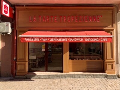 La Tarte Tropézienne Panadería- pastelería - Cassis, Francia