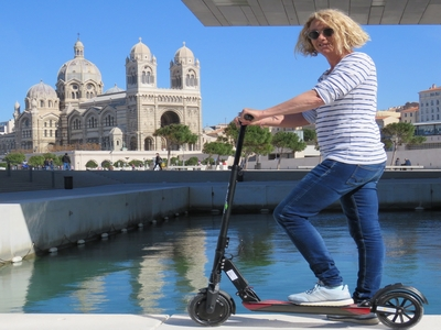 Electric scooter tour - Marseille from Cassis (easy level) - Cassis, France